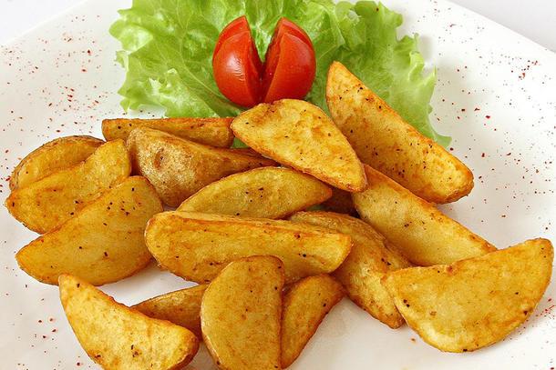 Картофельные дольки картофеля Айдахо